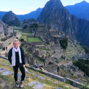 Samantha Peszek in Peru